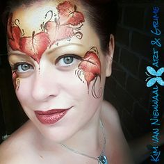 Autumn one-stroke leaves crown facepaint with glitter Halloween Ideas, Halloween Party, Halloween Costumes, Face Painting Designs, Body Painting, Elf Face, Leaf Crown, Mabon, One Stroke