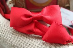 red hair bow favours