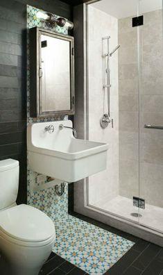 Kleine Badezimmer Toilette Waschbecken Dusche Idee