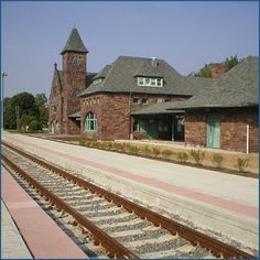 NILES , Michigan , USA - attractive old railway station - Bing      -  Romanesque Style architecture  OL