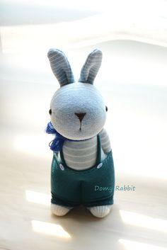 Grace -- sock bunny Domy Rabbit #handmade #craft #sockdoll Sock Bunny, Sock Dolls, Sock Animals, My Socks, Hello Kitty, Rabbit, Teddy Bear, Toys, Basket