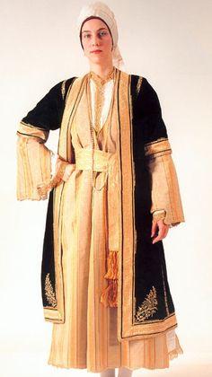 Greece, Kalamata Greek Independence, Greek Traditional Dress, Greek Dress, Hijab Dress Party, Art Populaire, Dress Attire, Costume Collection, Greek Clothing, Folk Costume