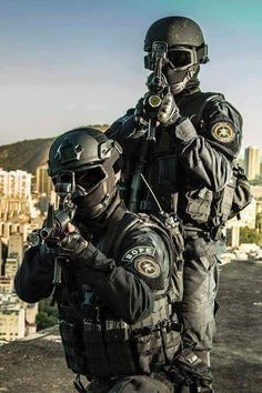 I see your Serbian Special Forces and raise you Brazilian BOPE Military Looks, Military Gear, Military Police, Military Weapons, Military Soldier, Military Special Forces, Special Ops, Us Army, Armed Forces