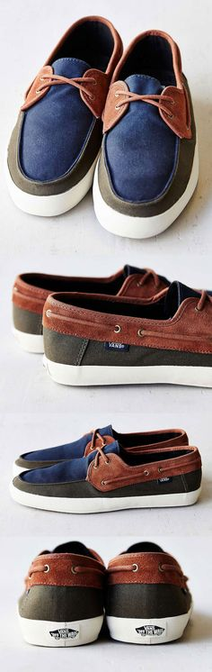 Tripping out on Tri-tones // Vans Chauffeur Shoes - Navy/Forest/Brown // Leather and canvas boat shoe