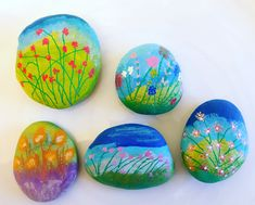Flower painted rocks/pebbles