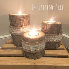 10 sets of 3 Tiered Burlap and Lace Real Log Tea Light Candle Holders Rustic Candle Holders, Christmas Candle Holders, Tealight Candle Holders, Candleholders, Rustic Country Homes, Country Houses, Deco Champetre, Driftwood Crafts, Diy Candles