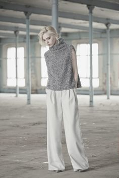 Sleeveless top with a high collar. Would be great in boucle linen by Midara. Vika Gazinskaya 2015 Fall RTW.