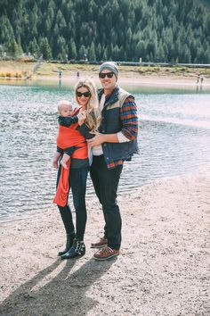 TOP: Free People // SUNGLASSES: Valentino // BOOTIES: Toga Pulla // LIPSTICK: MAC 'Coral Bliss' // WRAP: Solly Baby DAVID'S DETAILS – JEANS: J Brand // BEANIE: Nordstrom // FLANNEL: Land's End // VEST: Nordstrom // SHOES: Sperrys I know you guys have already seen this outfit BUT we went to the lake earlier that day …