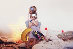 Moments complices entre amies // #children, #girls, #pyjama #party, #love, #best #friend, #friendship Pyjamas Party, Pajamas, Friend Friendship, Colorful Decor, Party Time, Free Printables, Theater, Princess Zelda, Children