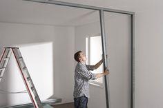 Gipskarton um Arbeits- und Schlafzimmer zu trennen.   Mit einer Trennwand aus Gipskarton Räume/Zimmer teilen: Anleitung - DIY-Academy