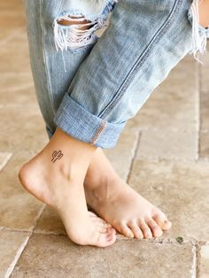 Small cactus tattoo. Simple tattoo. Ankle tattoo American eagle Madewell Darling magazine