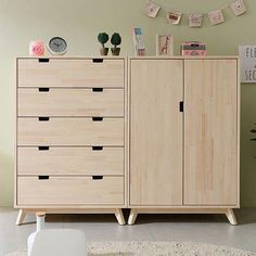 Have a look at this fantastic painted bedroom furniture - what an innovative design and development in 2020 Home Office Furniture Design, Modular Furniture, Furniture Showroom, Ikea Furniture, Plywood Furniture, Furniture Plans, Rustic Furniture, Furniture Makeover, Plywood Cabinets