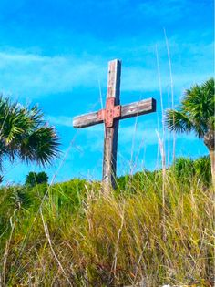Cross on Englewood Beach.