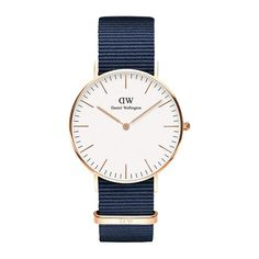 Daniel Wellington's Classic Roselyn is a timeless wrist watch with a white dial and rose gold details, perfectly matched with the playful Roselyn NATO strap. Nato Armband, Gold Armband, Dw Watch, Gold Watch, Daniel Wellington Women, Bracelet Nato, Nato Strap, Elegant Watches, Rose Gold