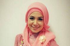 Cut Niken, nelantun lagu Prang Sabi, Aceh