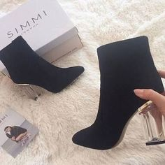 : Simmi Shoes - Love Your Shoes Fancy Shoes, Crazy Shoes, Cute Shoes, Women's Shoes, Me Too Shoes, Shoes Sneakers, High Heels Boots, Heeled Boots, Bootie Boots