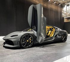 Ferrari, Lamborghini, Top Luxury Cars, Koenigsegg, Sexy Cars, Sport Cars, Old And New, Cars And Motorcycles, Dream Cars