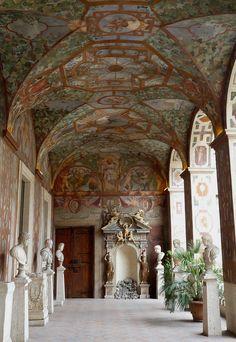 Palazzo Altemps ~ Rome ~ Italy  ¡Nunca lo había visto!