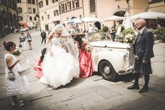 Romantic Italian Weddings is a one stop Italian wedding planner fulfilling your desire to tie the knot in a way you will love forever.