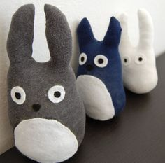 Totoro Plushies made from socks - cheap and easy :)