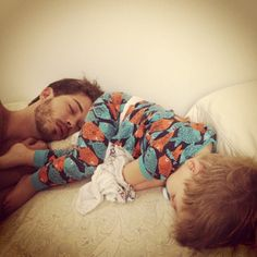 Father and son! - Father and son! Cute Family, Family Goals, Fransisco Lachowski, Brazilian Male Model, Cool Baby Names, Baby Shark, Kid Styles, Father And Son, Girls Be Like