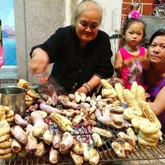 corn and sweet potato seller, Can tho Can Tho, Sweet Potato, Vietnam, Meet, River, Instagram, Food, Essen, Meals