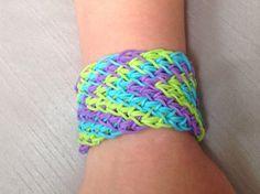 Rainbow Loom Bracelet Chevron Cuff Bracelet Extra by EmzDesignz Crafts For Girls, Arts And Crafts, Loom Bands Designs, Rubber Band Crafts, Rubber Bands, Crazy Loom, Monster Tail, Fun Loom, Loom Craft