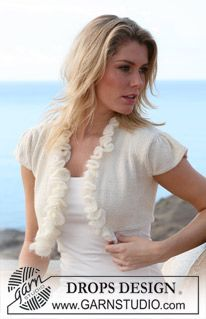 "Short DROPS bolero with lace border and winged puff sleeve in ""Alpaca"" and ""Vivaldi"". Size S – XXXL ~ DROPS Design"