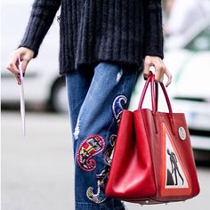 FASHION WEEK BAG GAME: Statement denim, cozy knit and Anya Hindmarch Ebury Tote Photo by @vincenzo_grillo