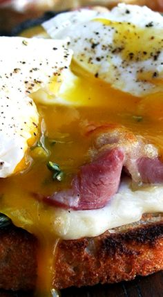 Croque Monsieur with Poached Eggs (Croque Madame)