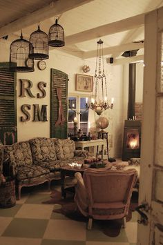 Lots to like here....eclectic decor....