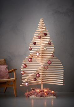 Deze 3-D kerstboom maak je makkelijk zelf van hout!