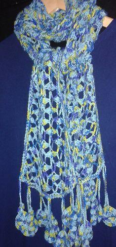 Lace_shell_trellis_scarf_1_medium