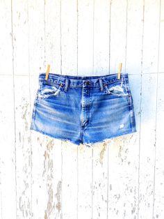 Reserved for Louise High Waist Wrangler Cut Off by HuntedFinds Vintage Shorts, Vintage Jeans, Vintage Ladies, Denim Shorts Style, Denim Jeans, Trends, Cut Off, High Waist Jeans, Lady