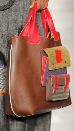 Diy Leather Tote Bag, Leather Label, Leather Bags Handmade, Leather Handbags, Leather Wallet, Craft Bags, Purses And Bags, Creations, Skirts