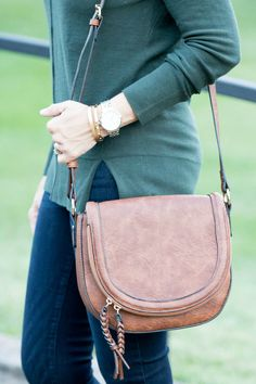 ff8ae6955329 Another statement trend you can add to your fall wardrobe is a saddle bag.  Fashion