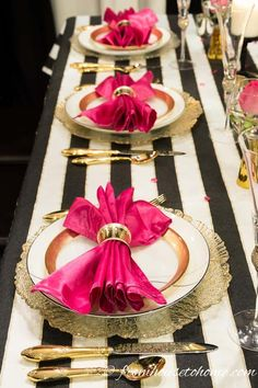 Kate Spade Inspired Table Setting - Entertaining Diva @ From House To Home - - Looking for decor ideas for a Kate Spade party or wedding? Take a look at this black and white Kate Spade inspired table setting with pops of pink and gold. Kate Spade Party, Kate Spade Bridal, Gold Table Decor, Deco Table, Pink Table, Striped Table, Birthday Dinners, Birthday Table, Wedding Table Settings