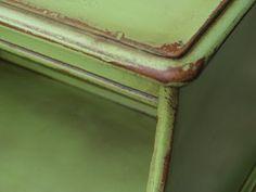 green appl, appl spray, color, paint furnitur, distressing with spray paint, appl paint