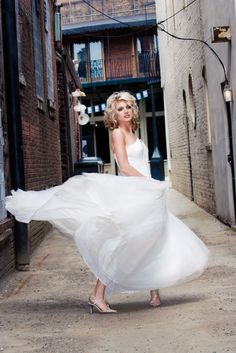 Oh yes, my next Downtown Providence bride may need to let me take her for a twirl in an alley!