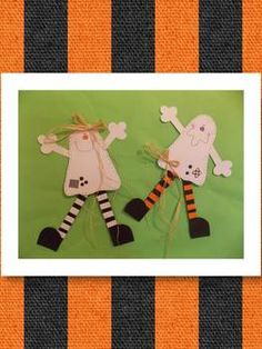 I am so decorating my office with these two ghosts!!!