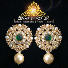 Kundan Meena Jadau Gold Earrings big stud studded with Uncut diamond Polki and Emeralds with pearls boundary. Gold Earrings Designs, Gold Jewellery Design, Indian Wedding Jewelry, Bridal Jewelry, Indian Jewelry, Indian Earrings, Pendant Jewelry, Beaded Jewelry, Emerald Jewelry
