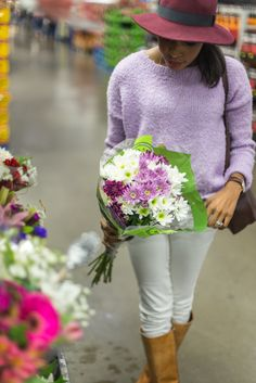Holiday Blooms + Current C  | Live Love and Read | fresh blooms, floral arrangements