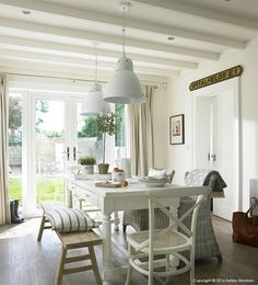 Kitchen Table Makeover and more ......   Natural Calico