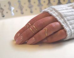 Knuckle Ring Set of Adjustable Chevron Midi Stackable Jewelry in Gold, Silver or Rose One set includes 5 rings total: 2 Chevron Rings 3 Thin Gold Rings, Gold And Silver Rings, Silver Stacking Rings, Stackable Rings, Chevron Ring, Boho Chic, Bohemian, Vintage Engagement Rings, Diamond Engagement Rings