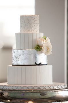stunning modern metallic cake by Hands on Sweets / photo by bluelanestudios.com