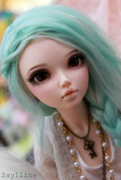 Ball Jointed Dolls <3 Beautiful Faceup And Wig Matches Wonderfully.