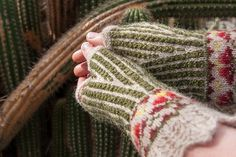 Ravelry: Organ Pipe Mitts pattern by Stephannie Tallent