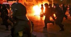 Special forces deployed in Hamburg as anti-G20 protests escalate / German authorities have sent heavily armed special forces to the streets of Hamburg after the police forces failed to contain demonstrators protesting...