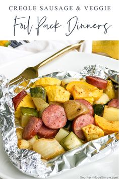 These Creole Sausage and Vegetable Foil Pack Dinners are such an easy and delicious way to put a complete meal on the table with very little prep and clean up. Just chop, mix, wrap and bake! #foilpackdinner #hobodinners Foil Pack Dinners, One Dish Dinners, Dinner Side Dishes, Dinner Sides, Main Dishes, Easy Dinners, Great Recipes, Favorite Recipes, Amazing Recipes