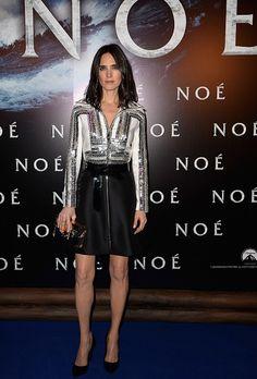 """Il bianco e nero di Louis Vuitton affascina sempre. Jennifer Connelly ha scelto il black & white per la prima di """"Noah"""" di Darren Aronofsky a Parigi .http://www.sfilate.it/223349/bianco-nero-louis-vuitton-per-jennifer-connelly"""